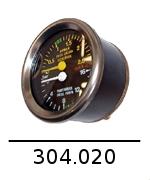 304020